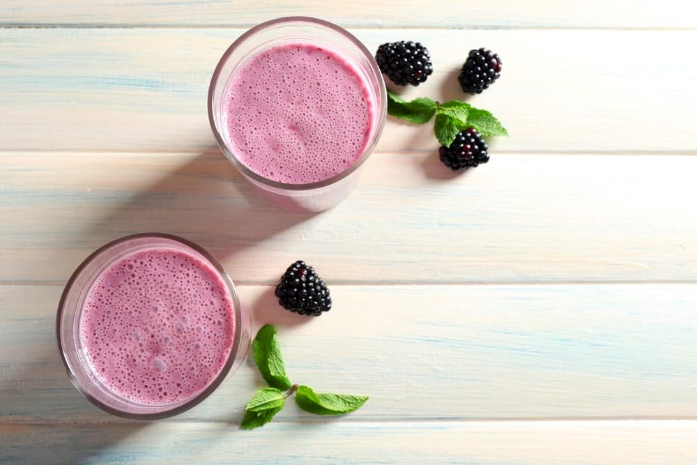 tali-machlev-nature-tali-pink-smoothie