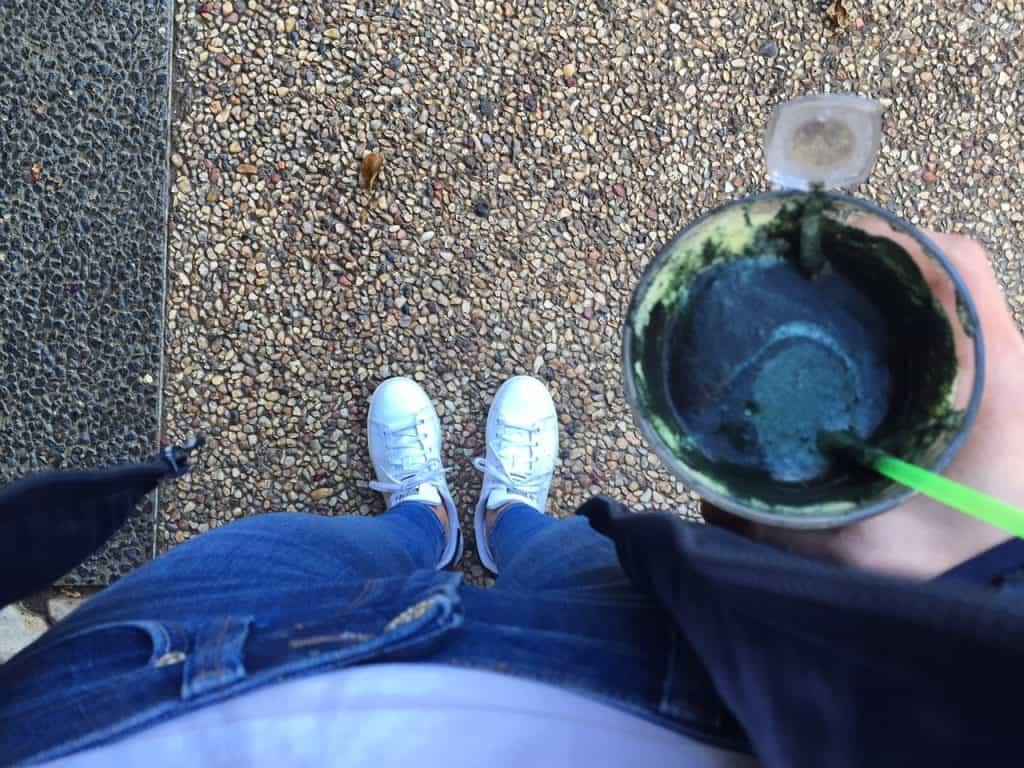 מיץ ירוק עם ספירולינה, ניקוי רעלים, צום מיצים