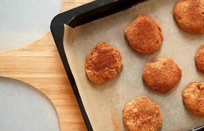 """עוגיות שיבולת שועל וקינמון – מתוך תכנית הבוקר """"בית וקפה"""" בהנחיית מיכל צפיר"""