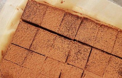 טראפלס טחינה ושוקולד מריר – שיתוף פעולה עם רדיו תל אביב