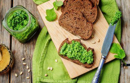 פסטו ירוקים וקשיו